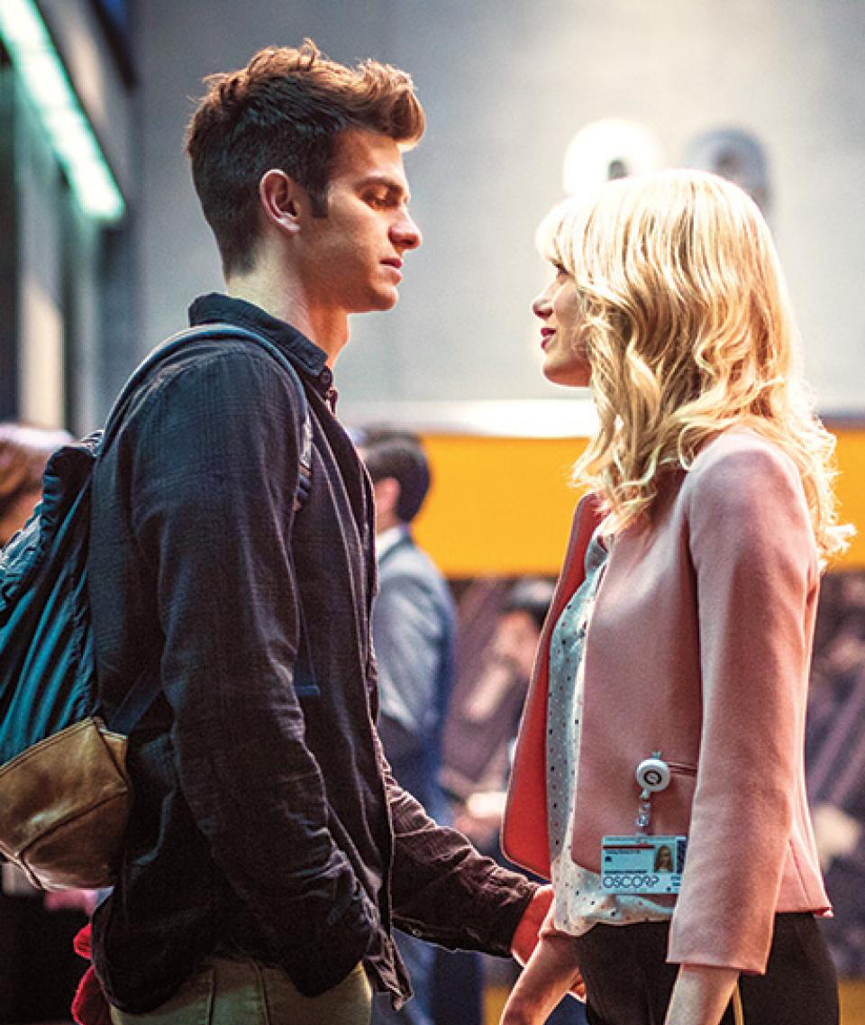 The-Amazing-Spider-Man-2-Peter-and-Gwen-EW