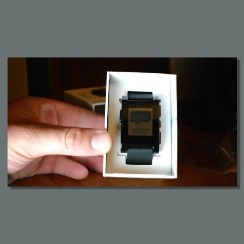 Pebble Smartwatch Unboxing - Retail Packaging (2014)